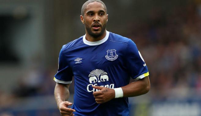 Bek Everton Tegaskan Timnya Belum Aman Dari Degradasi